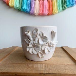 """Bohemian White Floral Appliqué Planter Pot 5.5"""""""